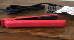 Fahrenheit Ceramic Travel Mini Flat Iron In Red