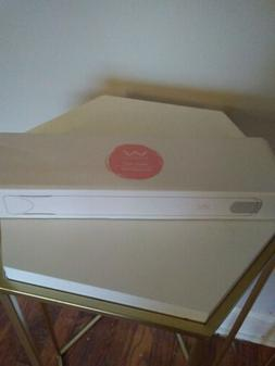 Vivid & Vogue Flat Iron Pink White EUC!