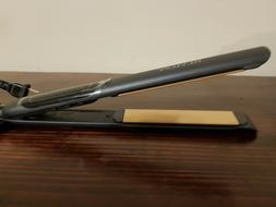 Revlon Perfect Straight Smooth Brilliance Ceramic Flat Iron,